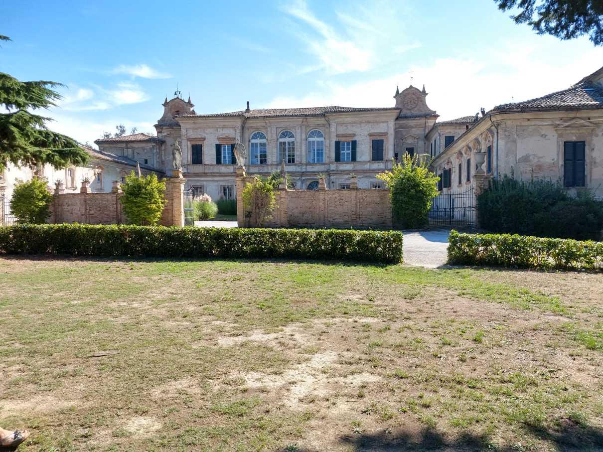 In der Villa Buonaccorsi