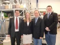 Das Foto zeigt (von links): Unternehmensgründer Dr. Stefan Jennewein, CDU-Landtagsabgeordnete Ellen Demuth, CDU-Bundestagsabgeordneten Erwin Rüddel und den Rheinbreitbacher CDU-Vorsitzenden Andreas Nagel