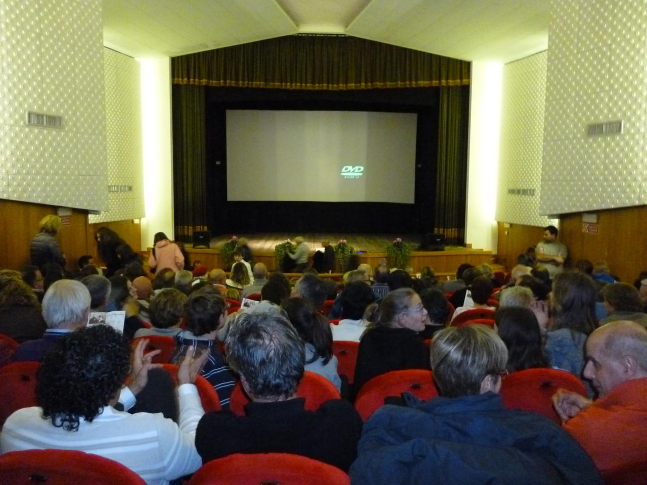 Cinema Teatro Dolomiti di Coredo sabato 10 Novembre 2012 ore 20,30