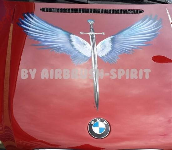 Schwertflügel - Ostern 2014 - Motorhaube