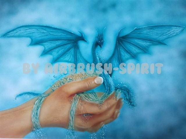 Drache in der Hand - 05/2014 - auf Airbrush-Karton