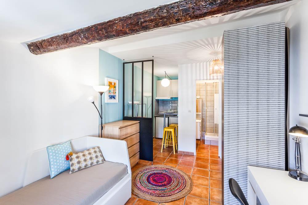 am nagement d coration d 39 un studio de 18m2 toulon. Black Bedroom Furniture Sets. Home Design Ideas