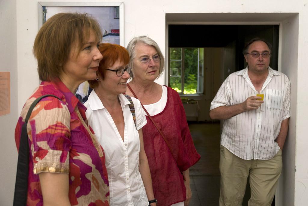 Drei der vier Kux-Künstlerinnen