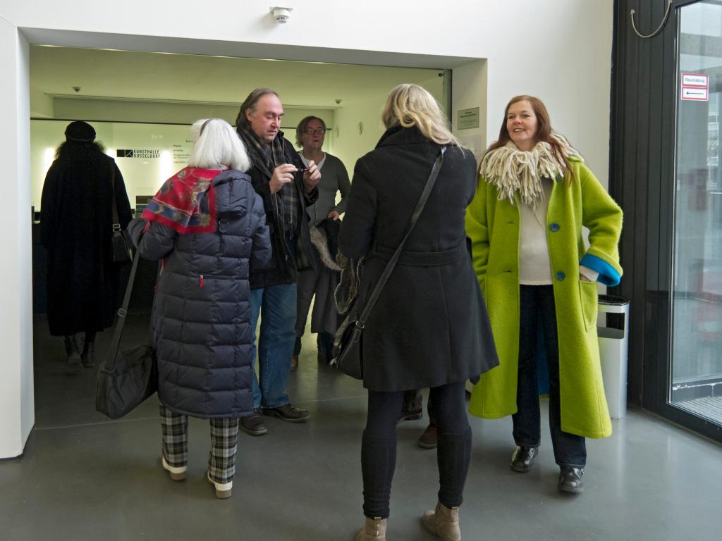 Treffpunkt im Foyer der Kunsthalle Düsseldorf