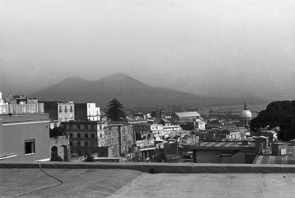 Vesuv von Neapel gesehen