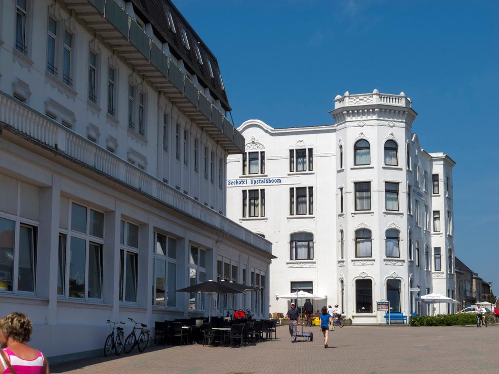 """Hotels am """"Neuen Leuchtturm"""""""