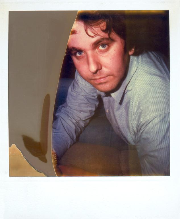 Selbsportrait, fotografiert mit überlagertem Polaroidmaterial, 1986