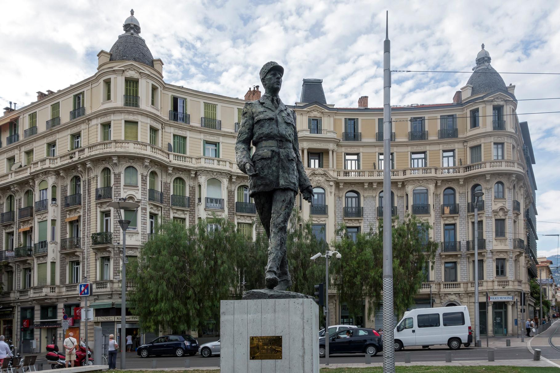 Denkmal Charles de Gaulle, Place du Général de Gaulle