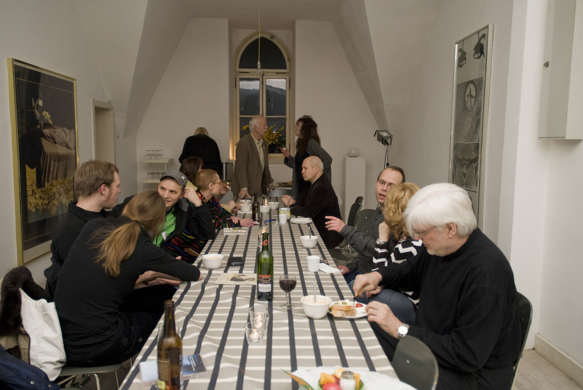 Diskussionsrunde zum Vortrag von Marikke Heinz-Hoek