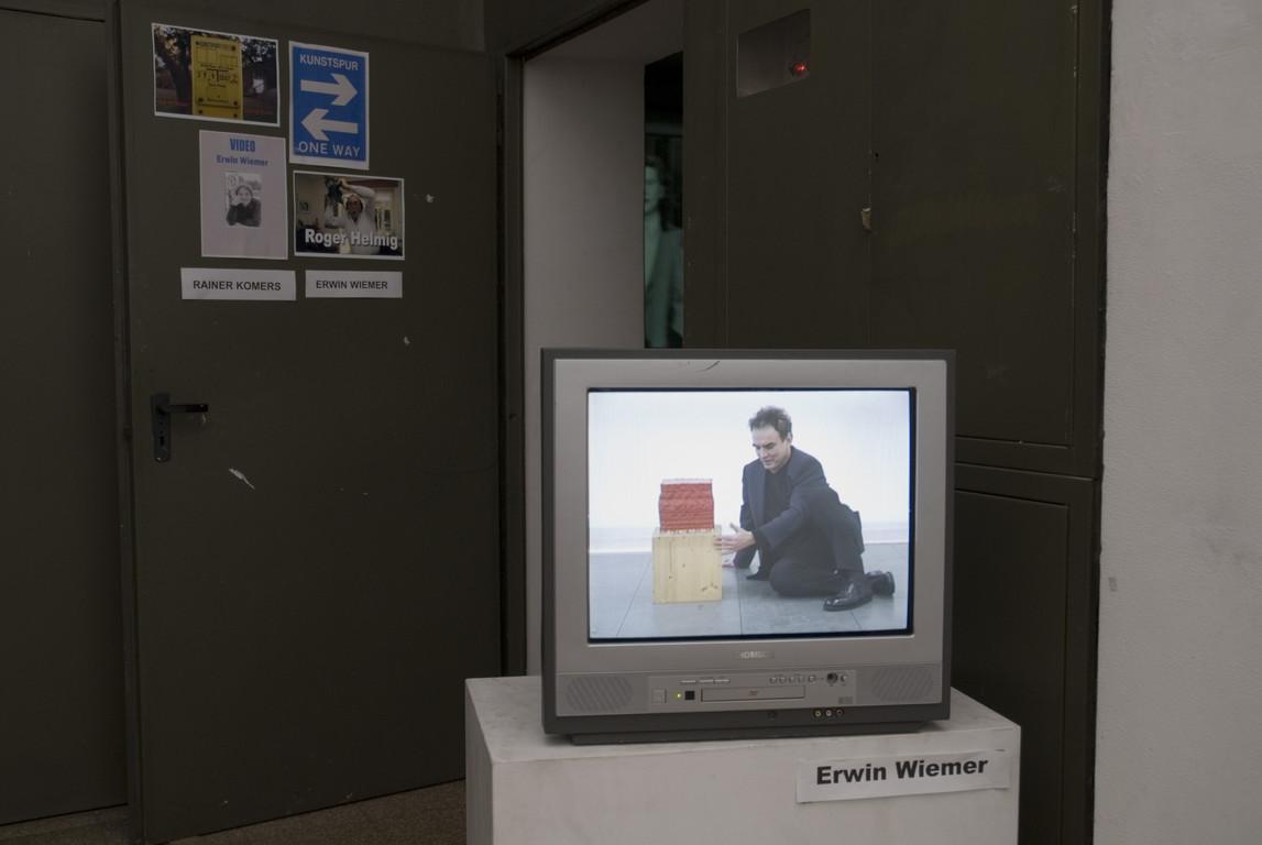 Eingang zum Ausstellungsraum Erwin Wiemer 2007