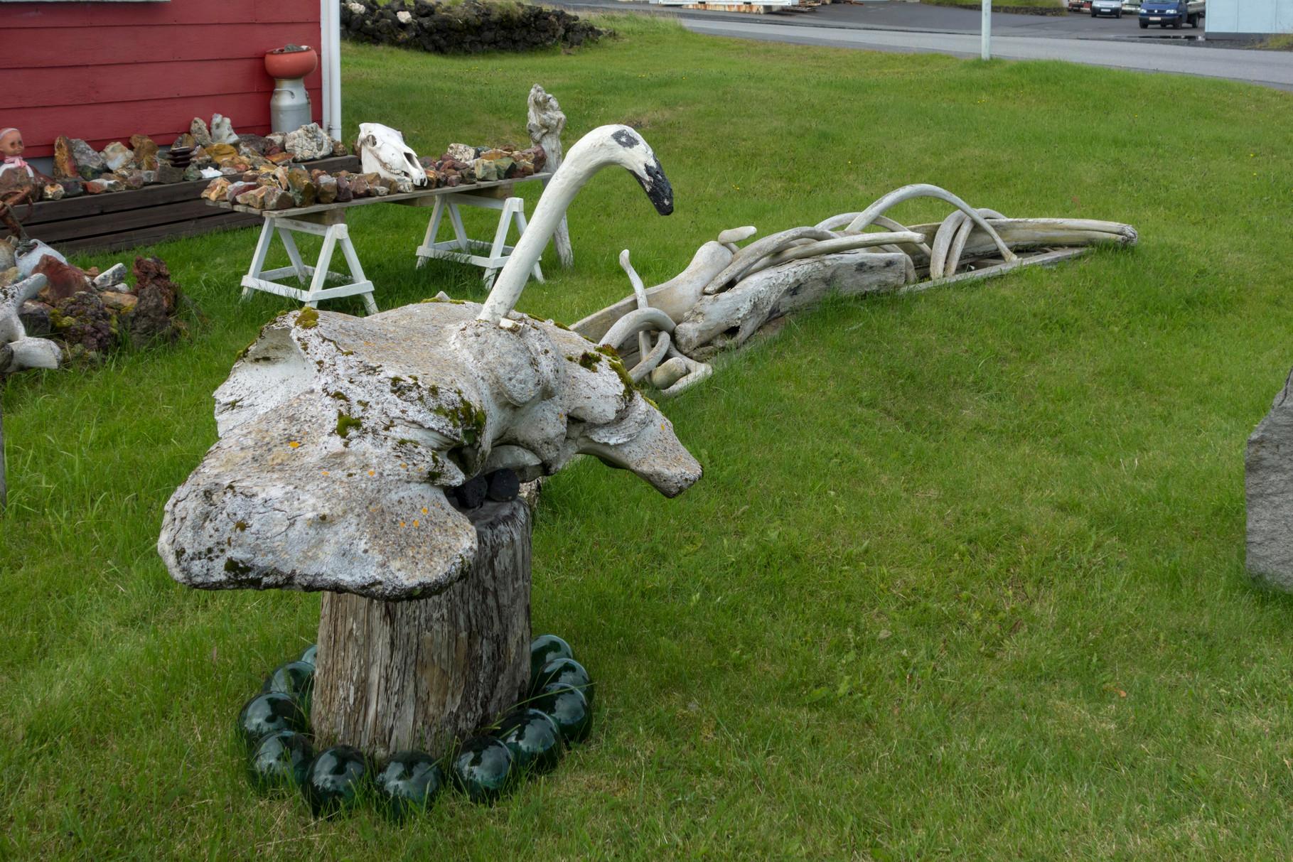 Phantasiegebilde aus Walfischknochen