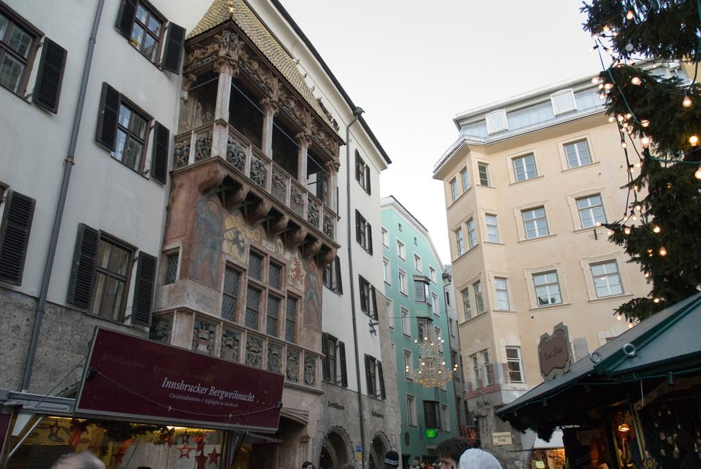 Innsbruck - Goldenes Dachl (1420, Erker von 1500)