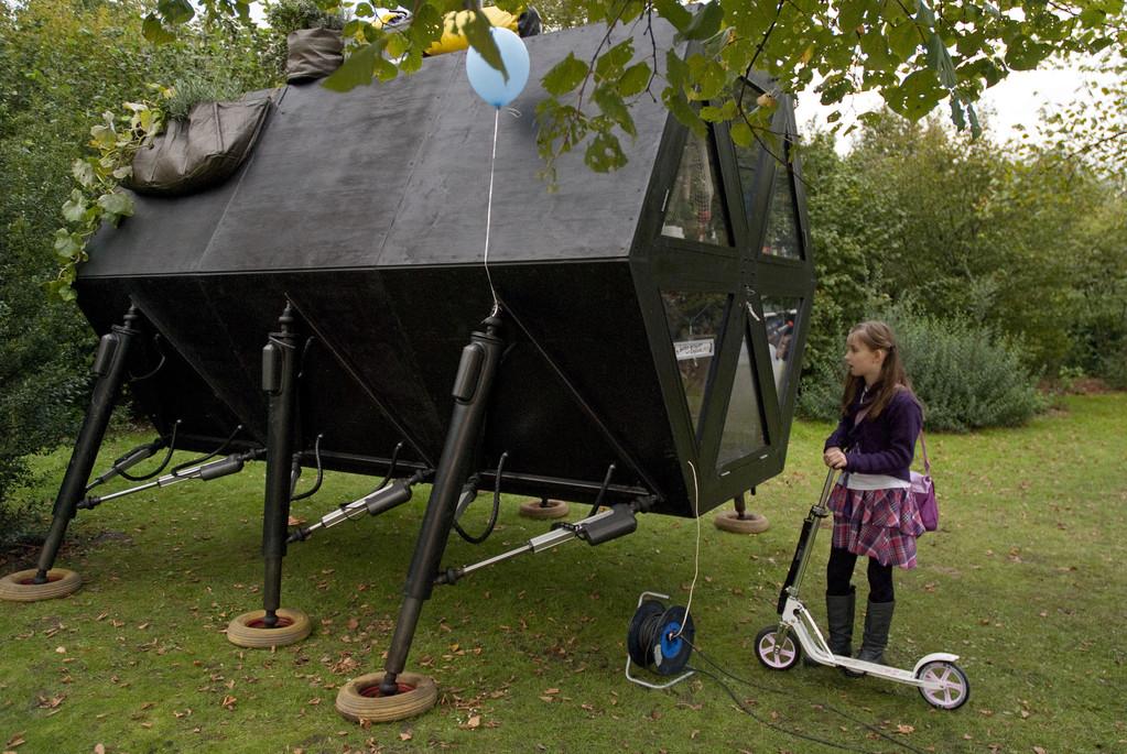 """""""Walking House"""" mobile Wohn- und Arbeitsstätte"""