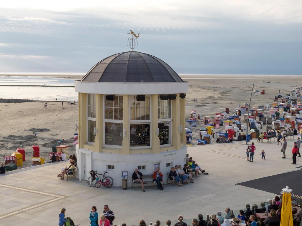 Konzertmuschel auf der Strandpromenade