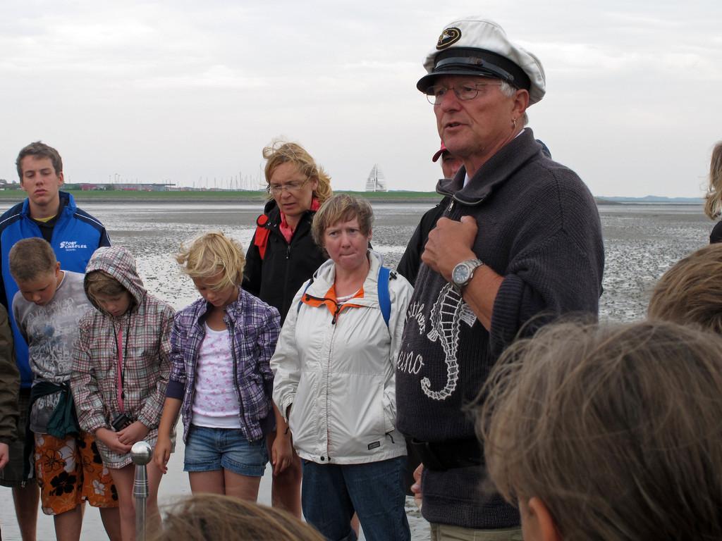 Wattführer Heino erzählt von der Empfindlichkeit des Ökosystems Wattenmeer