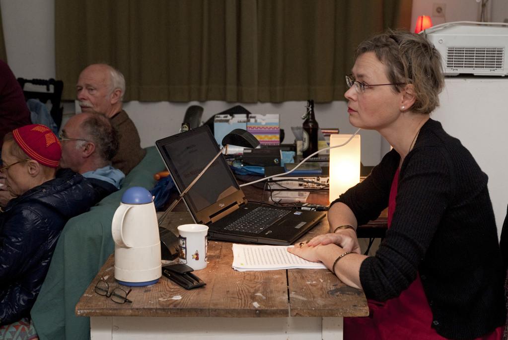 Prof. Dr. Anna Zika beim Vortrag