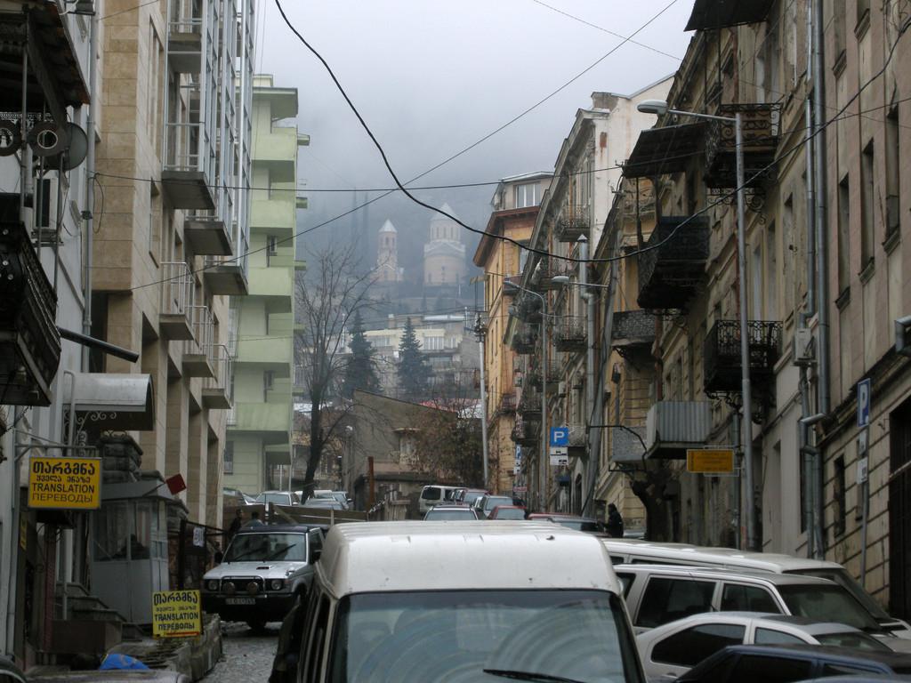 Seitenstraße des Rustaveli Boulevards
