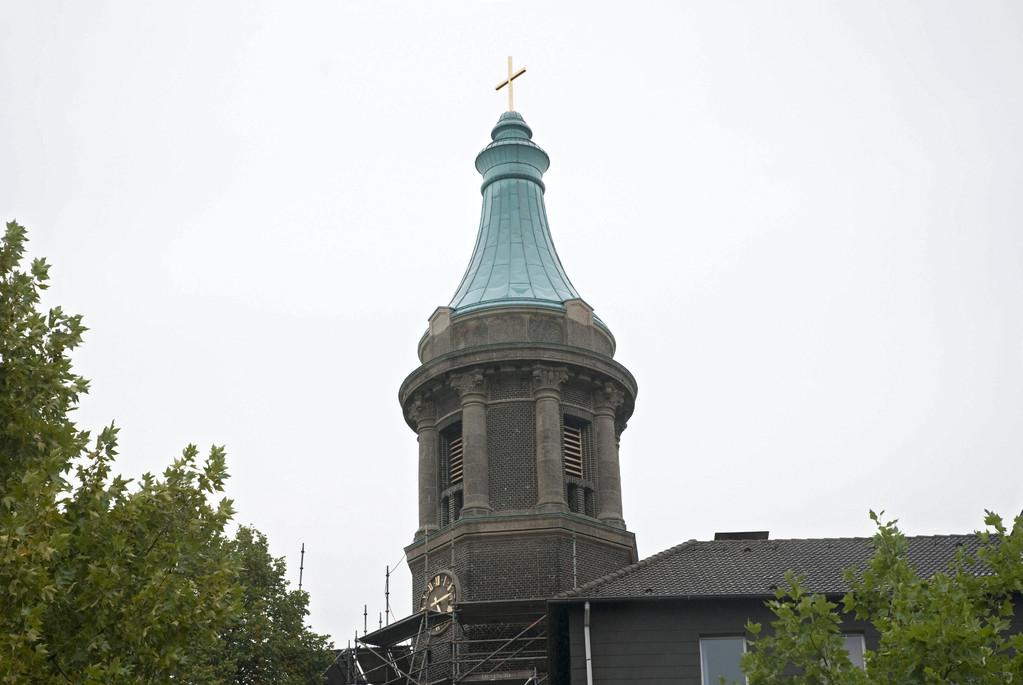 Der neue Kirchturm (Aufnahme vom 10.9.2010)