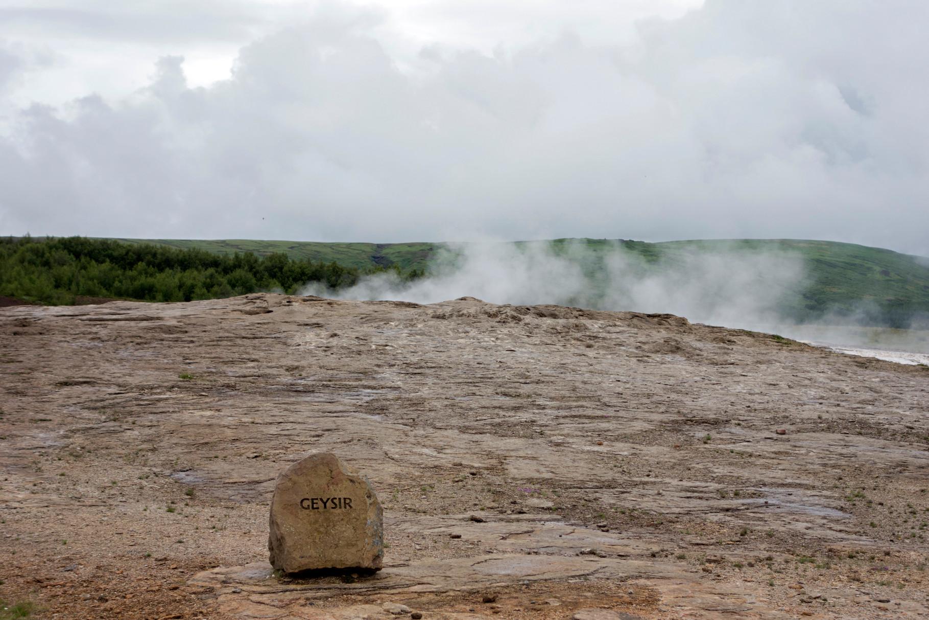Der Stóri-Geysir ist seit 1915 nicht mehr aktiv, seine Fontäne erreichte eine Höhe von 70m