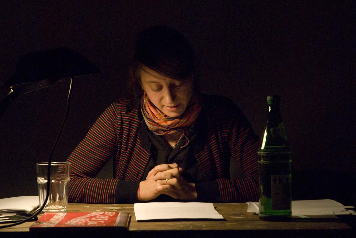 """Maria Muhle, Vortrag """"Die Aufteilung des Sinnlichen - Die Politik der Kunst und ihre Paradoxien"""" über den französischen Philosophen Jacques Rancère, 2007"""