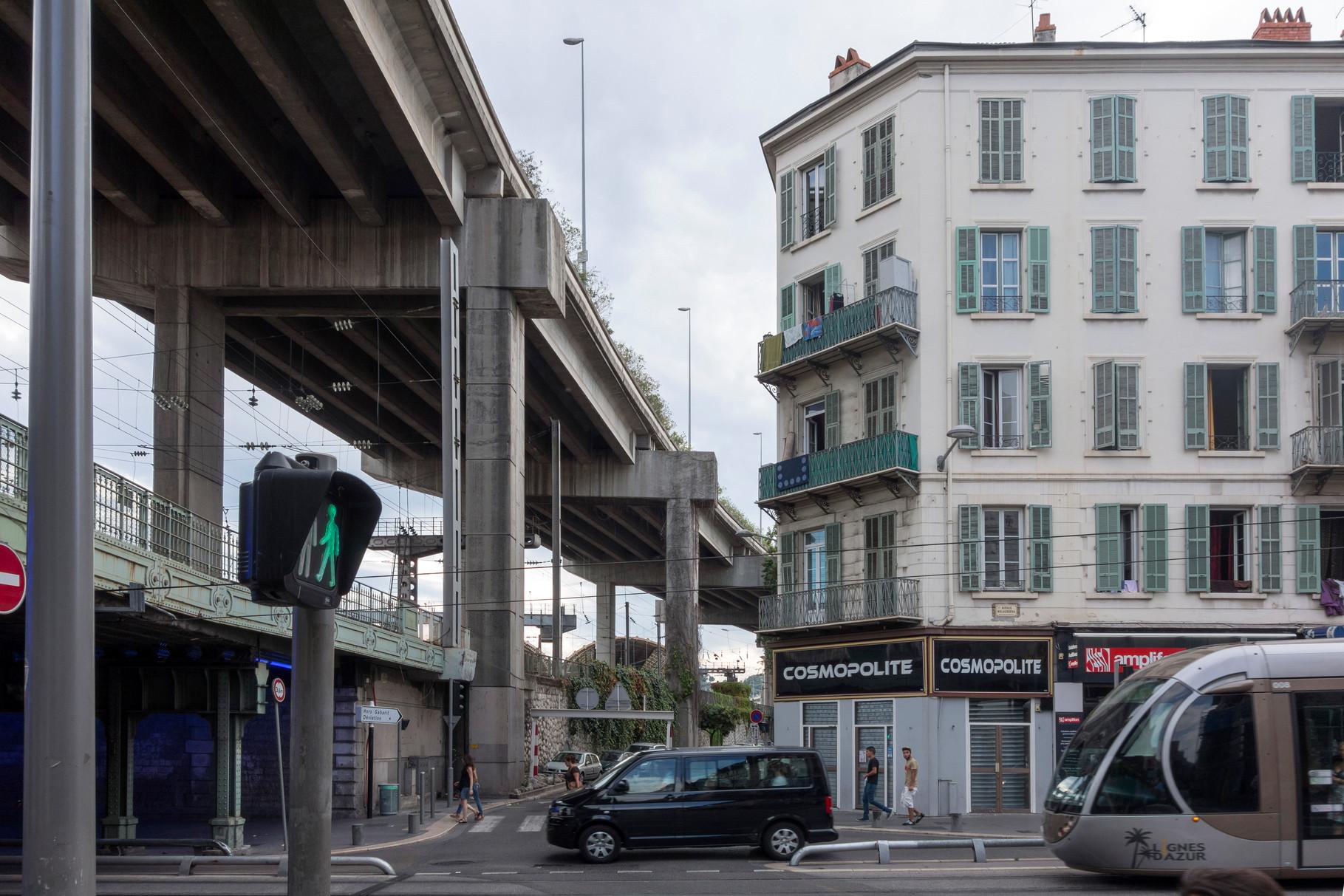 Stadtautobahn - Bausünde aus den 70er Jahren
