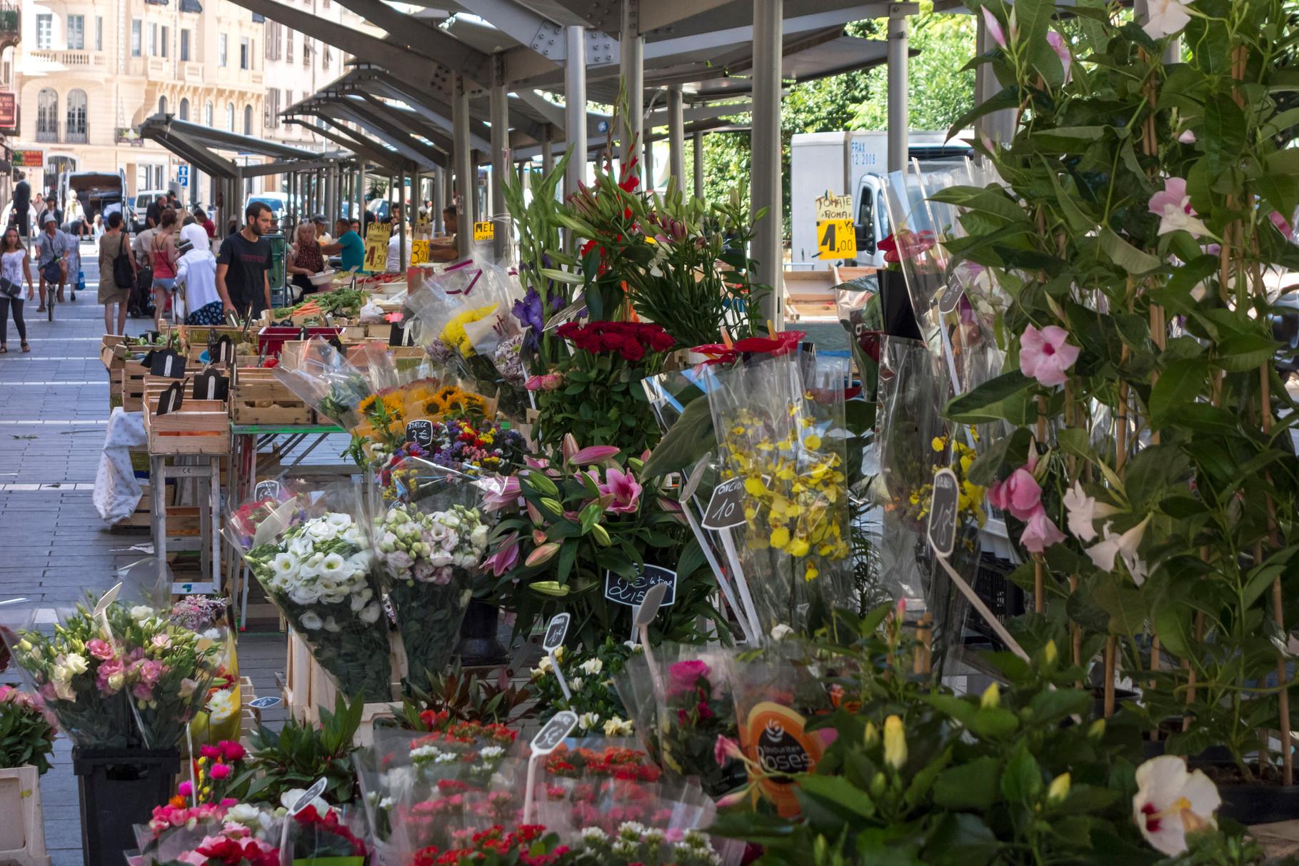 Blumenmarkt, Place du Général de Gaulle