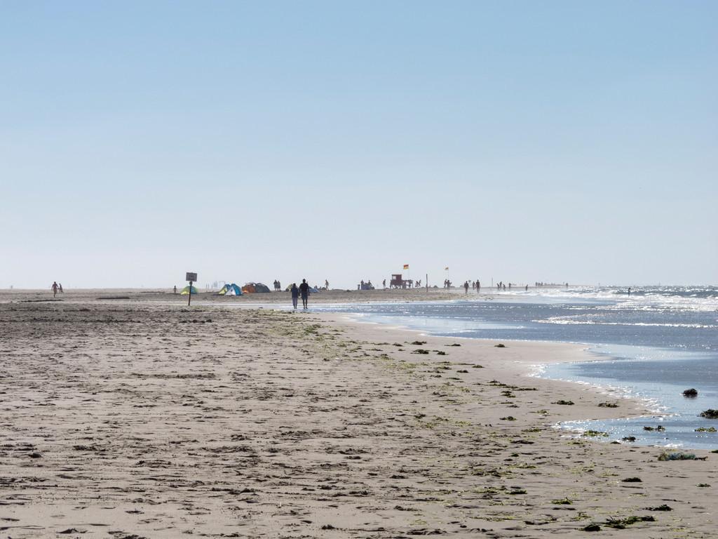 Strand abseits der Promenade