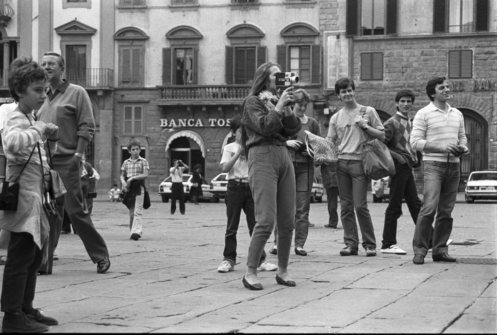 Florenz, filmende Touristin