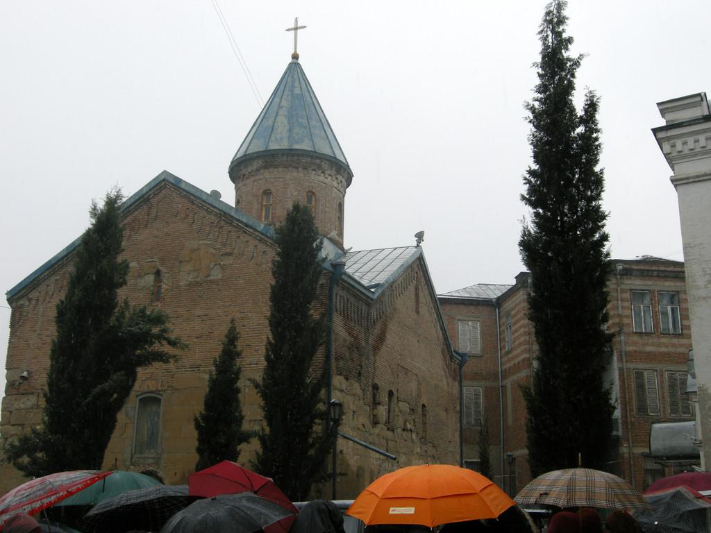 St. Andria (Blaue Klosterkirche von 1180)