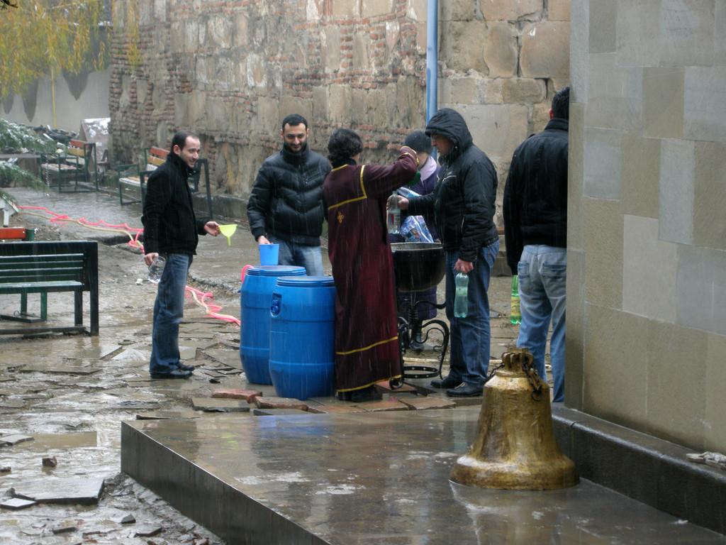 geweihtes Wasser, St. Andria