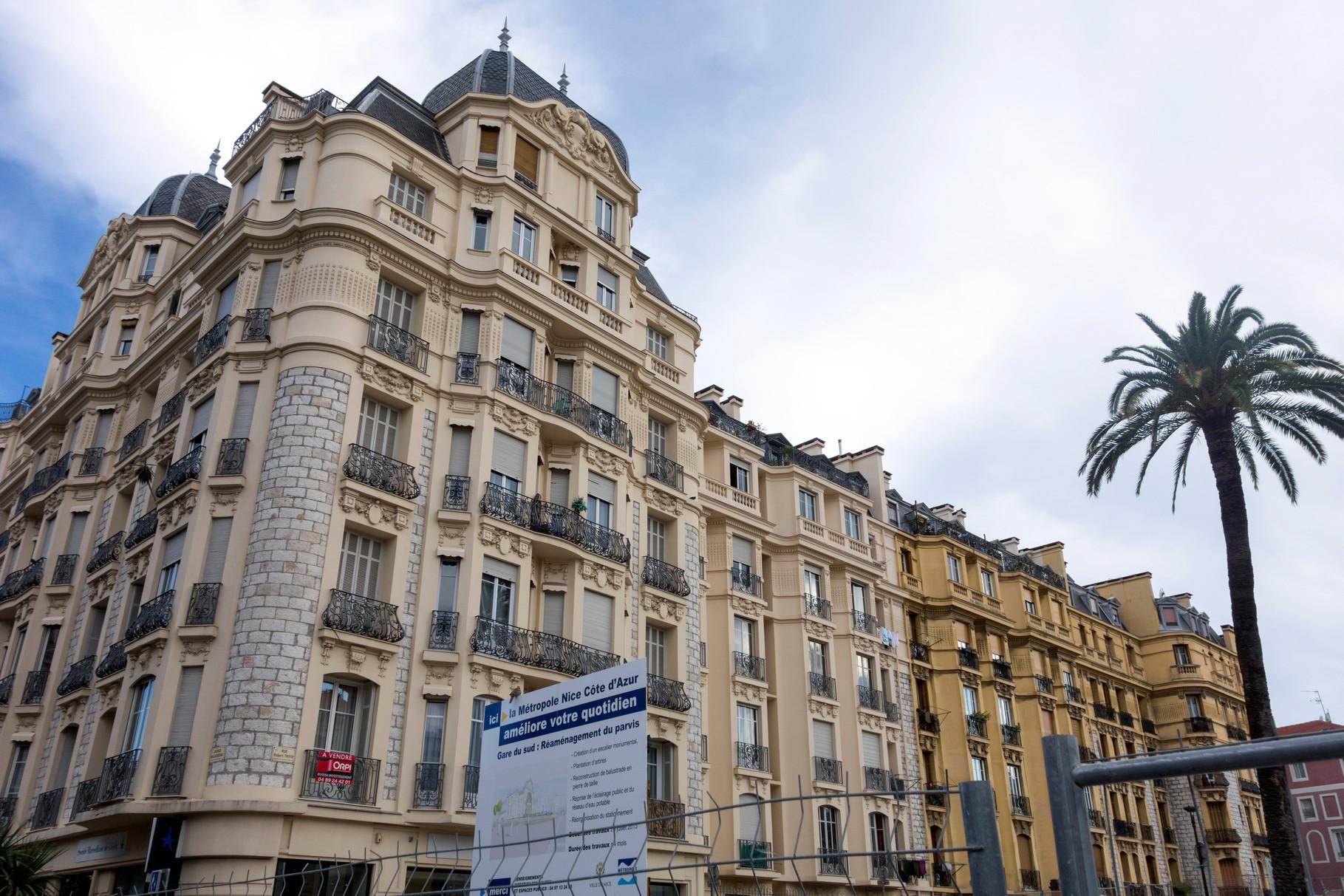 Stadterneuerung - Sanierung alter Fassaden