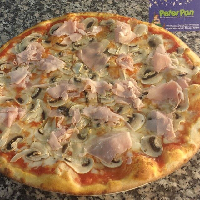 Pizza Funghi e Cotto A.Q.