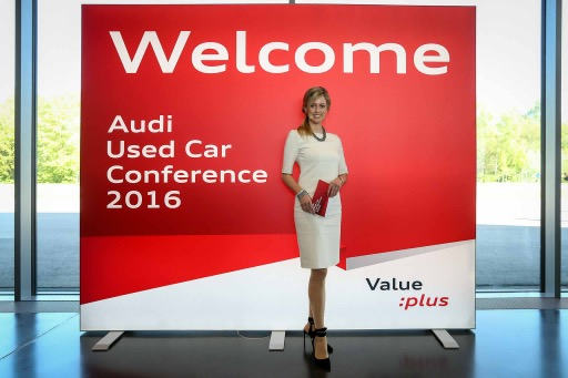 Maxi Sarwas hosting the Audi Used Car Conferense