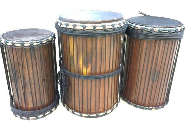塩ビ管製ドゥンドゥン(アフリカンベースドラム)