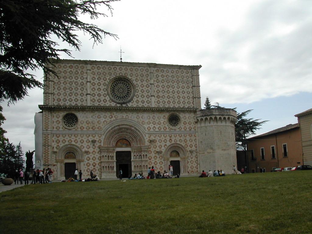 L'Aquila - Santa Maria di Collemaggio ( 1288), Facciata