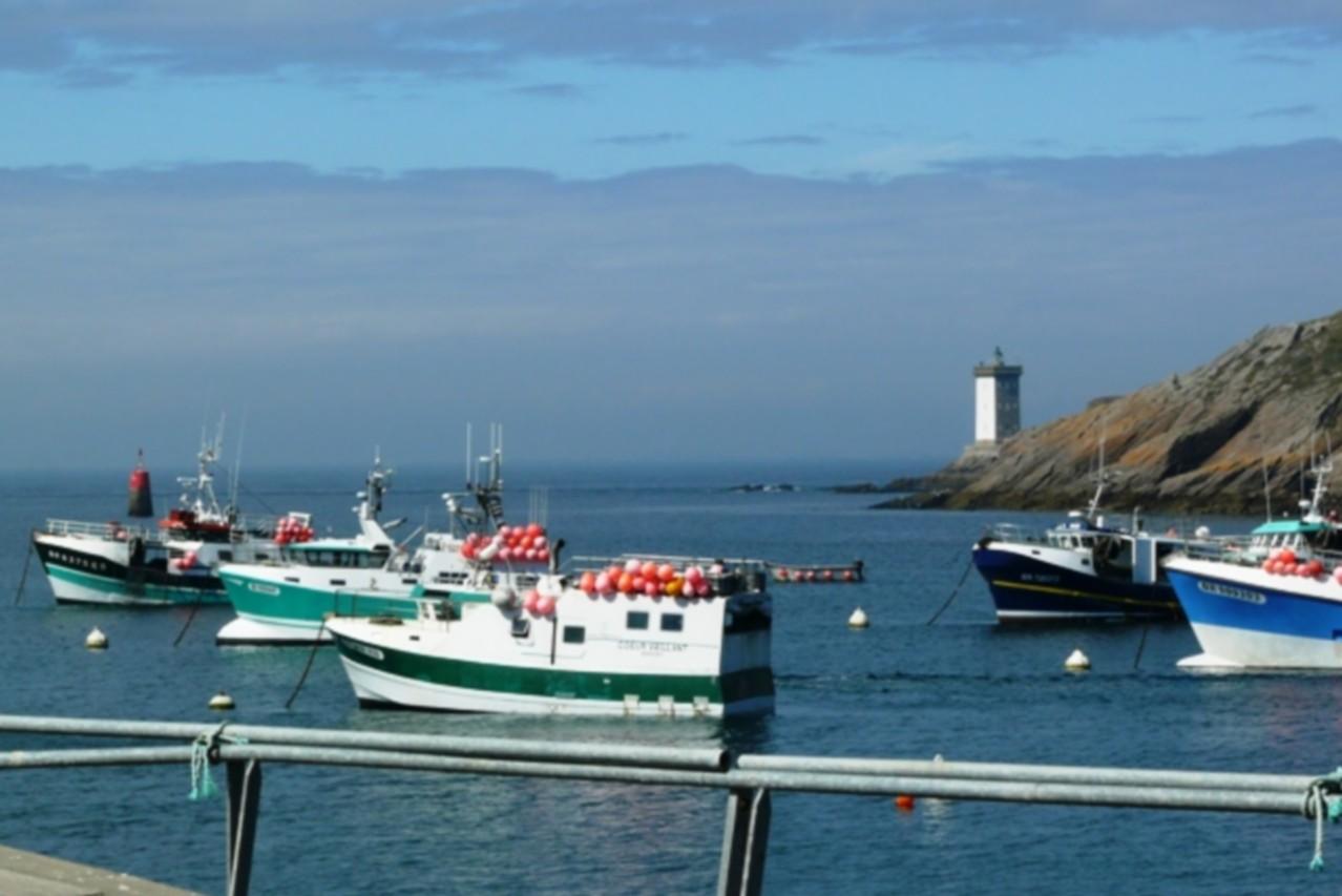 Départ du Conquet pour la visite des îles, à seulement 5 minutes de Blue Idea
