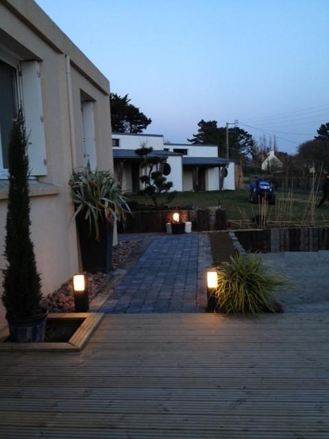 Possibilités de se loger sur place : 6 villas et 1 gîte à proximité