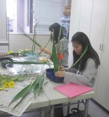 中学生は盛花。