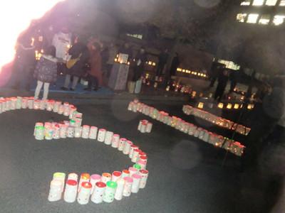 「3・11」と並べられた夢灯り