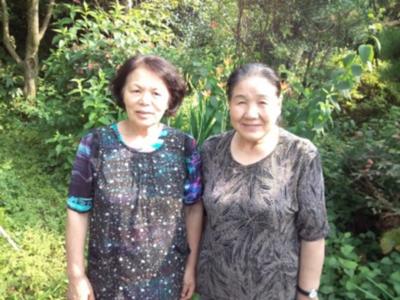 照井秀子さん(左)都築順子さん(右)