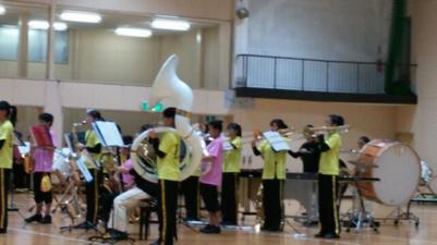 こちらは藤沢中学校の吹奏楽部のみで今年夏の吹奏楽コンクールで演奏した曲を披露しました。人数は少ないですがそれぞれのpartの持ち味を生かした素晴らしい(迫力のある)演奏だと感じます。