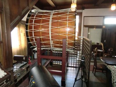 カフェ徳蔵の1階には太鼓が。確認しませんでしたがもしかして「時の太鼓」? 「一ノ関に過ぎたるもの」つながりで借りてきたのかなと勝手に想像しましたが全然違っていたらすみません。