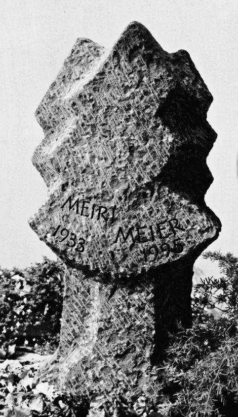 Lapide Walchwil, Zug  -  Bildhauerei Wiedemer Basadingen