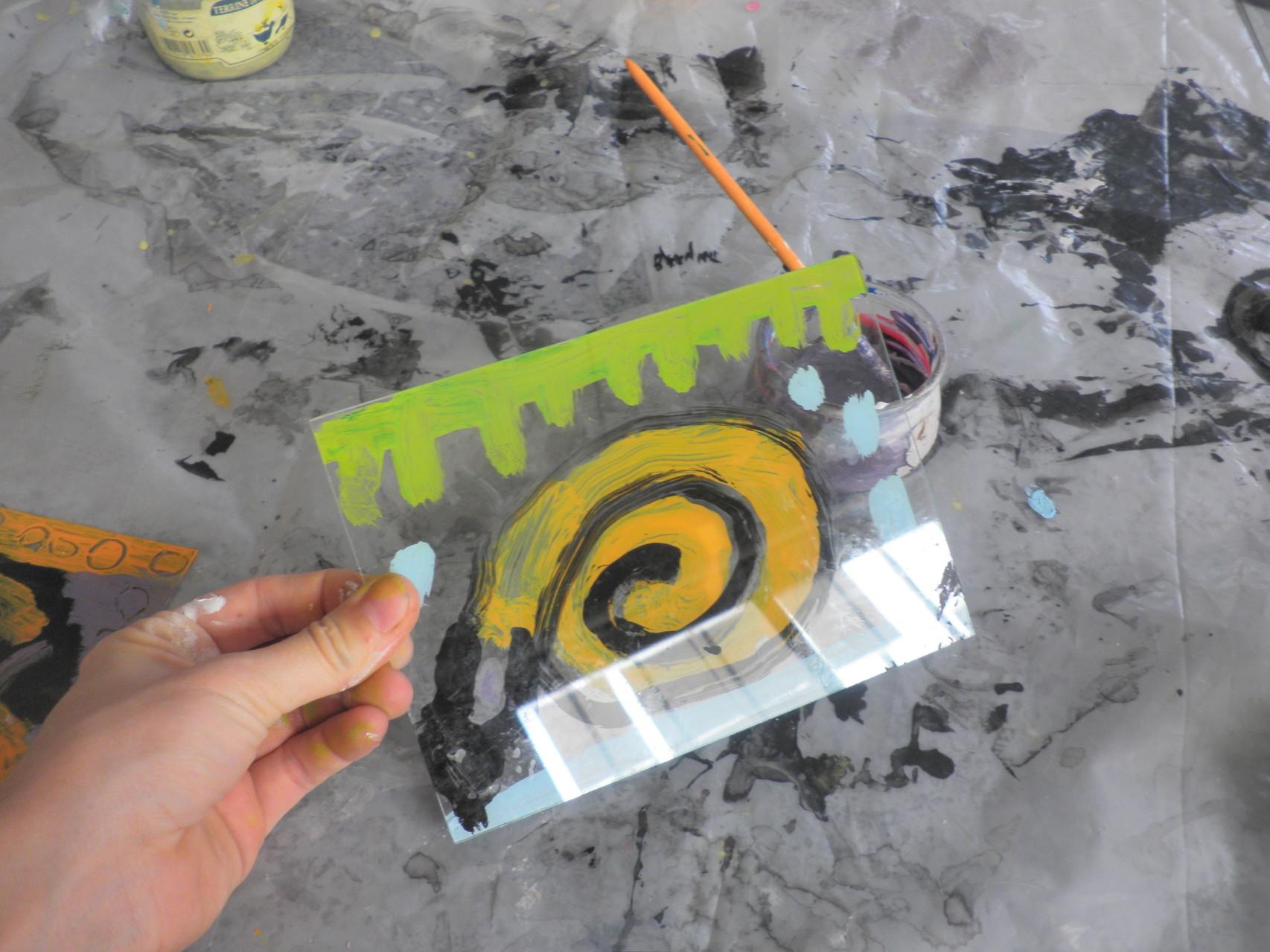 Peinture sur verre avec les tout petits