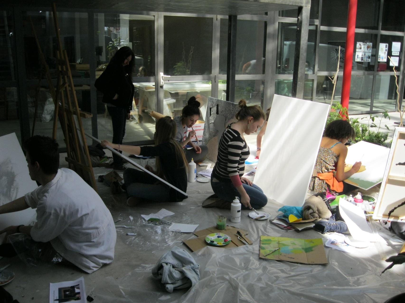 """Atelier artistique """"Je suis mon patrimoine"""" au centre d'art ACMCM de Perpignan"""