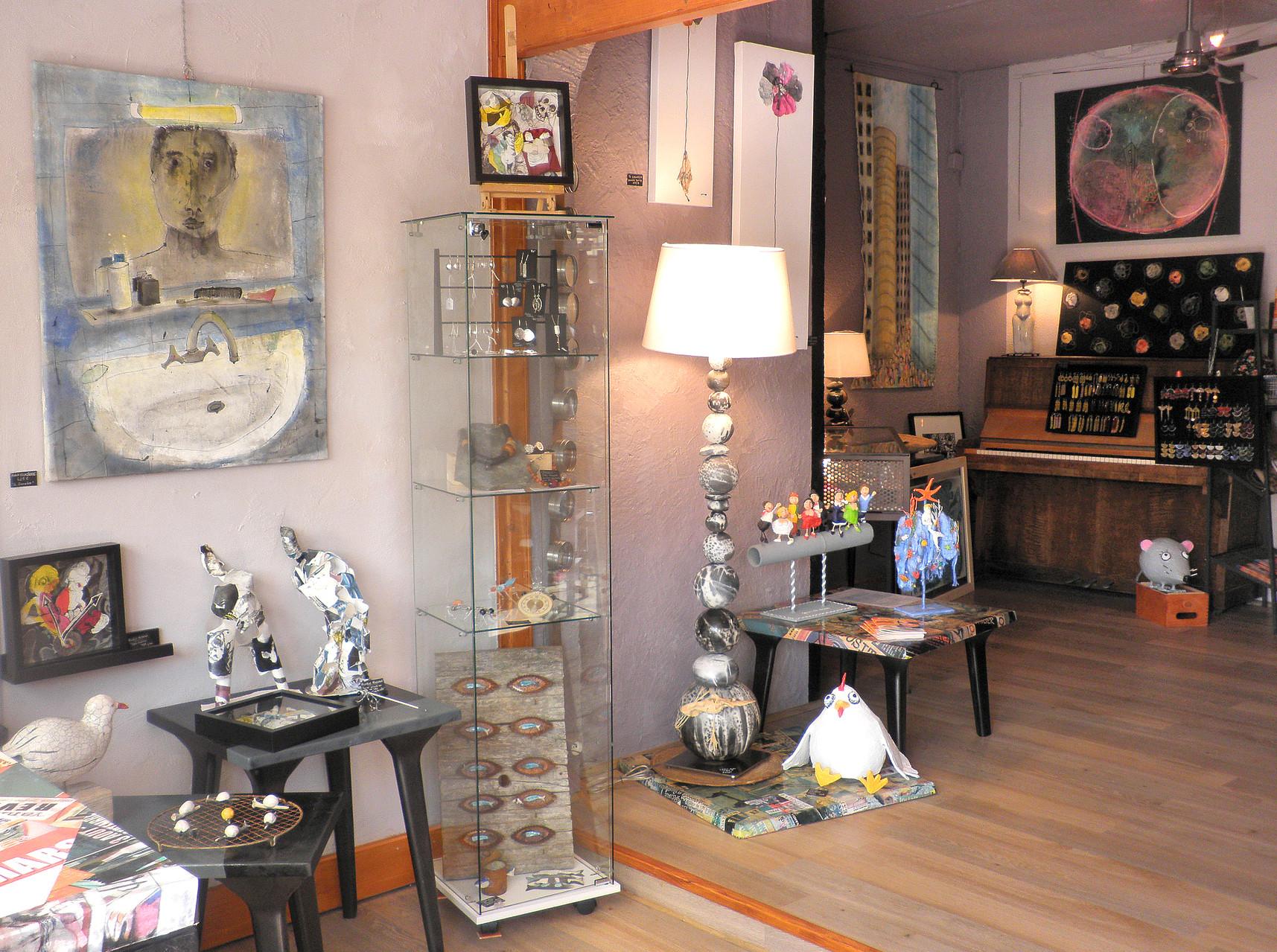La galerie d'exposition de l'espace Agit'hé à Port-Barcarès