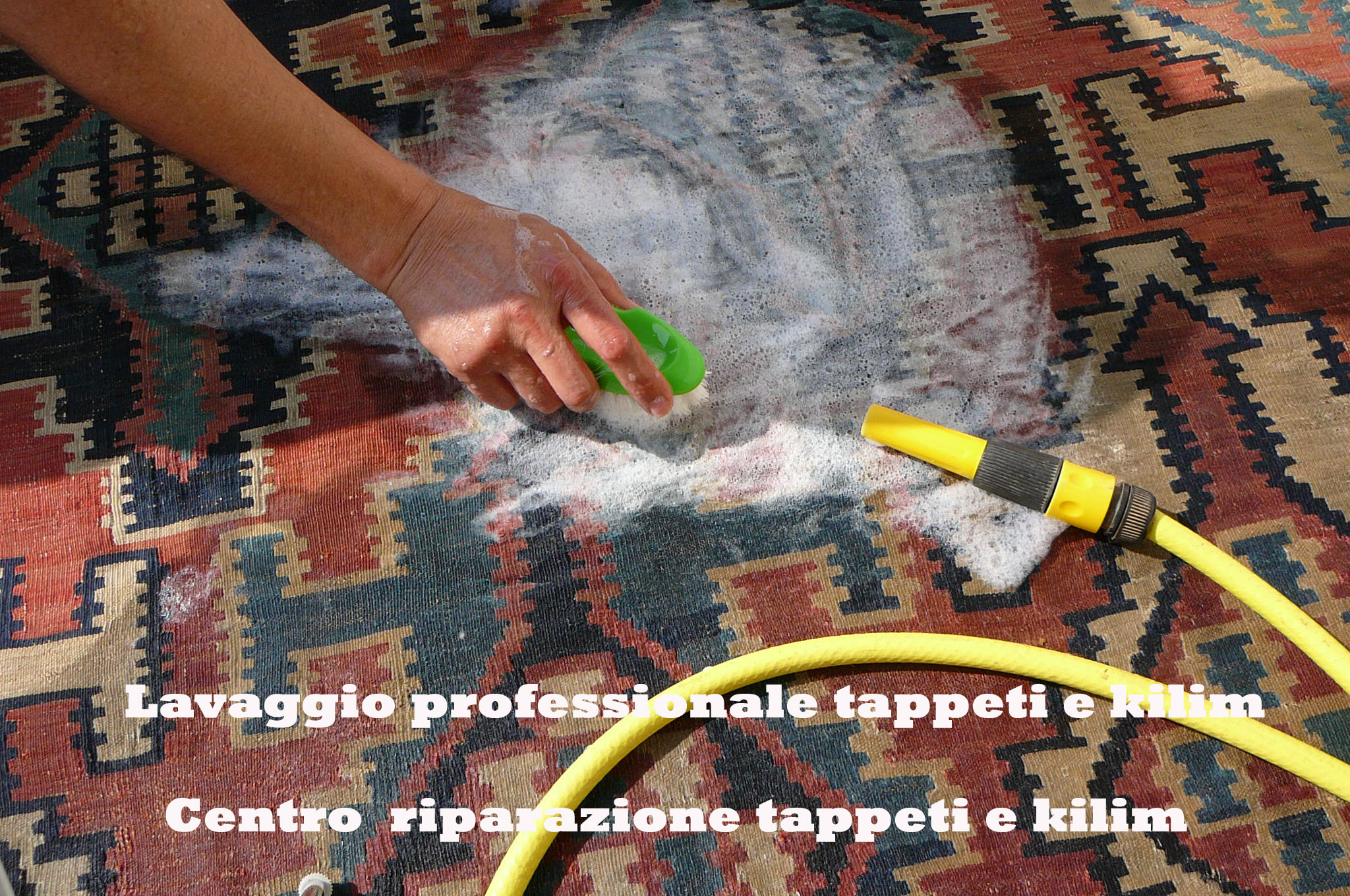 Tappeti Tabriz carpet Udine- Pulizia kilim antico Caucasico ad acqua