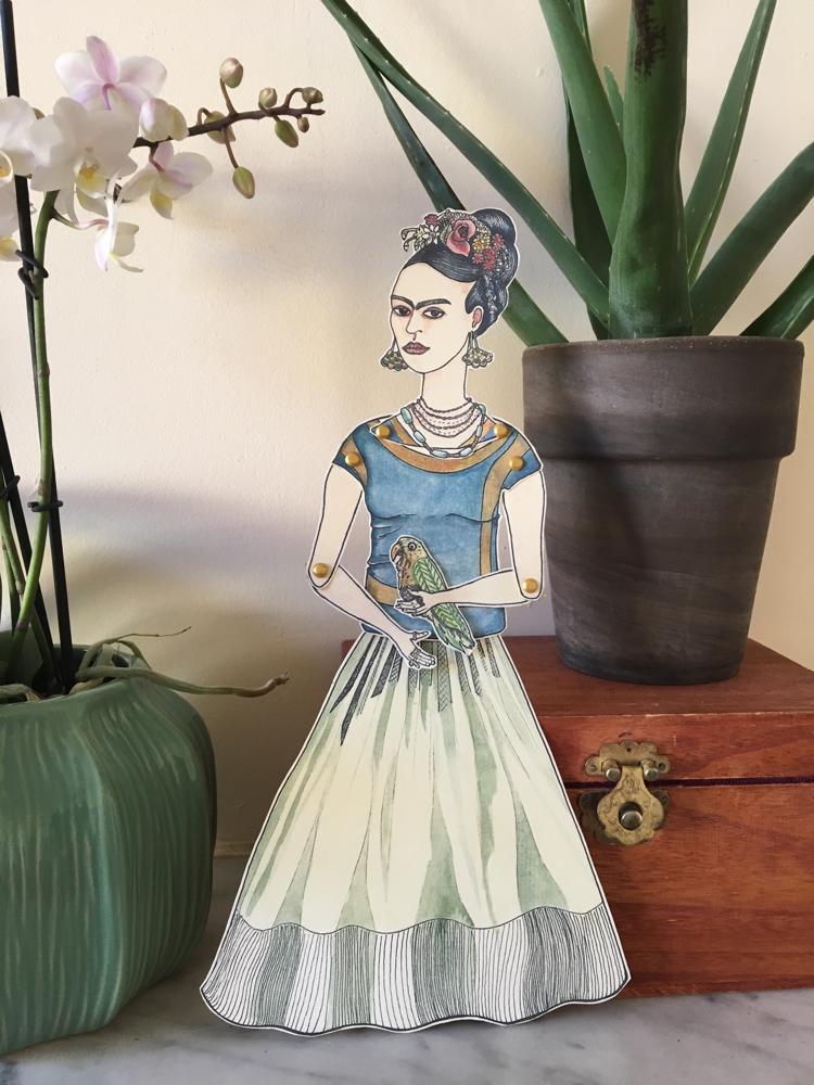 'Frida'Marionnette sur papier - encre de chine noire - aquarelle - pastels