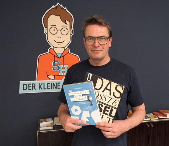 """Ein Mann voller Rätsel – """"Rätselpapst"""" Stefan Heine im Porträt"""