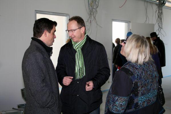 Erster Besuch des neuen Schulgebäudes